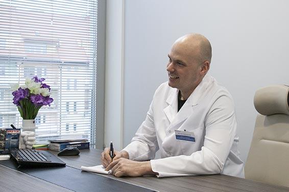 Dr Michał Piotrowiak Chirurg Plastyczny