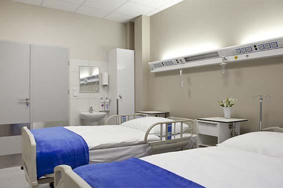 klinika chirurgii plastycznej pokój pacjenta